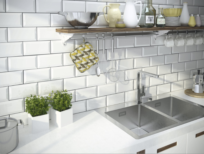 series Bílé kuchyňské obklady v imitaci cihly Apegrupo Metro
